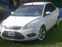 Vendo Ford Focus Exe Trend 1.6- 2013 - Autos - Escobar