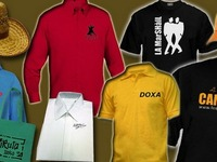 ROPA CON SU LOGO. UNIFORMES, BORDADOS Y ESTAMPADOS POR MAYOR EN ROPA.  MERCHANDISING - remeras por mayor
