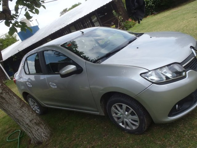 Renault Logan 1.6 8v. Expression / Confort Pack I año 2014 - Autos - Villa Gesell