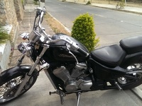 VENDO HERMOSA HONDA SHADOW - Motos / Scooters - Cercado