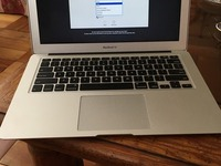 "Vendo MacBook Air 13.3"" del 2014 256GB - Computadoras / Informática - Las Condes"