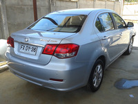 GREAT WALL VOLEEX C30 SEDAN FULL EQUIPO 2013  - Autos - Todo Chile