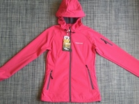 Chaqueta Outdoors, Marca Weinbrenner, Modelo Softshell (Mujer) - Ropa / Accesorios - Todo Chile