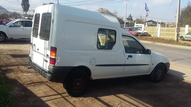 furgon ford currier año2000 - Camionetas / 4x4 - Todo Chile