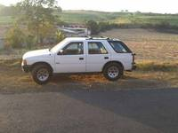 ISUZU RODEO - Autos - Grecia