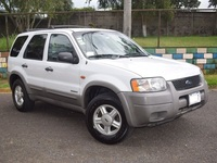 Vendo Ford Escape XLS 2002 Transmisión Manual Motor 2000 c.c V4  - Autos - Cartago