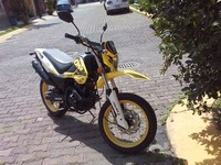 URGE. VENDO MOTO CROSS DOBLE PROPOSITO ITALIKA DM 150CC MODELO 2015  - Motos / Scooters - Cuautitlan Izcalli