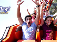 SIX FLAGS VIVE LA AVENTURA - vive