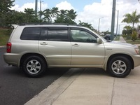 TOYOTA HIGHLANDER LIMITED 2002 - AROS