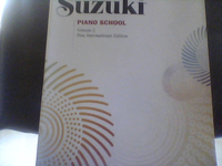 SE VENDE LIBRO DE MUSIC SUZUKI PIANO SCHOOL VOLUMEN 2  - Compras en General - San Juan