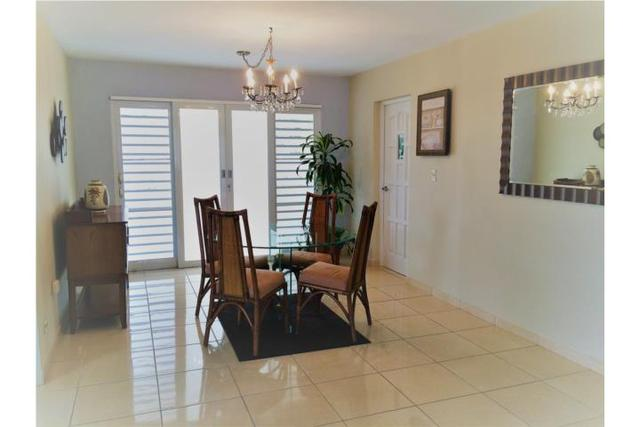!!!BEAUTIFUL DORADO,PR IN QUINTAS, ALL WELL REMODELED, NEW KITCHEN, MOVE RIGHT IN!!! - Casa - Dorado