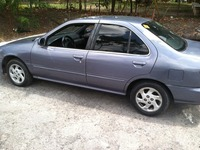 NISSAN SENTRA 99 AUTOMATICO $3500.00 - cd player