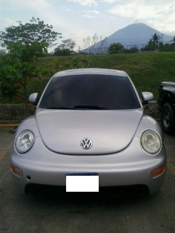 WOLKSVAGEN NEW BEATLLE 2000 $4000 NEGOCIABLE - Autos - San Miguel