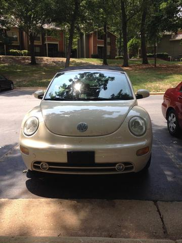 Vendo auto 2003 VW Beetle Convertible - Autos - Raleigh
