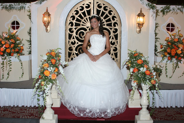 Fotos  Y Video ,Coordinadora DE Eventos Quinces Y Bodas - Servicio de Fiestas - Palm Beach Gardens