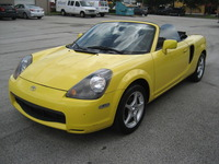 2001 Toyota MR2 Spyder  - Autos - Miami