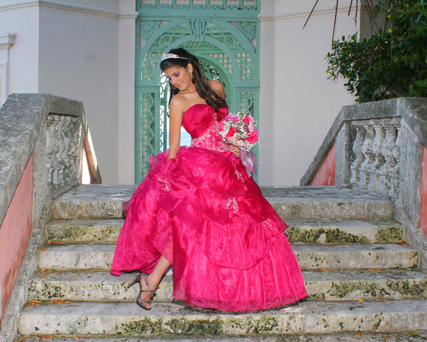 FOTO VIDEO PARA QUINCEANERAS VIDEO CLIP  - Servicio de Fiestas - Miami