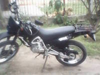 Vendo Dakar 125cc - Motos / Scooters - Montevideo