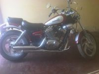 vendo moto empire super shadow 250 - Motos / Scooters - Maracaibo